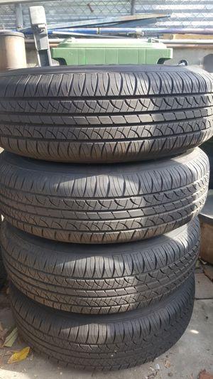 235 75 R15 hankook tires, like new! for Sale in Santa Fe Springs, CA