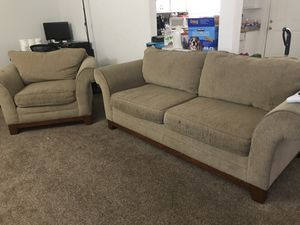 FREE sofa and chair for Sale in Fairfield, CA