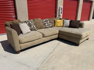 Can deliver - brown sectional couch sofa for Sale in Burleson, TX