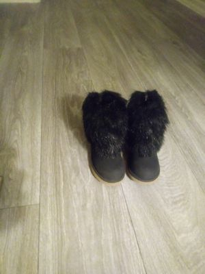 Girls boots size5 4.00 pick-up in Gilbert for Sale in Gilbert, AZ