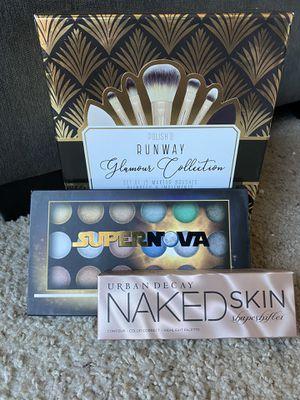 Brand New Makeup Gift set. Urban Decay, bhcosmetics, makeup brush set for Sale in Glendale, AZ
