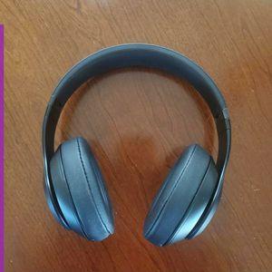 Beats Studio3 Wireless Over-Ear Noise Cancelling Headphones for Sale in West Jordan, UT