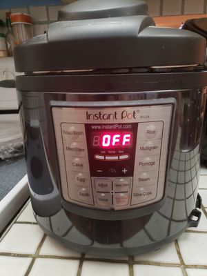 Instant Pot Lux for Sale in Pompano Beach, FL