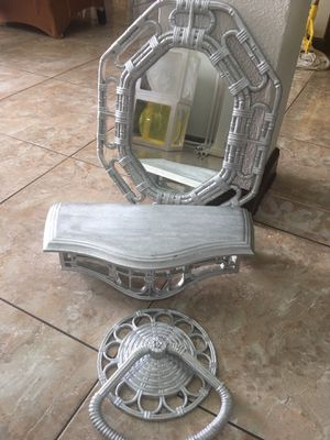 Wall mirror with shelve and towel holder for Sale in Orlando, FL