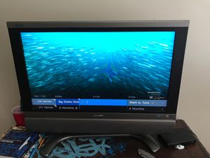 "Sharp 32"" tv used for Sale in Long Beach, CA"
