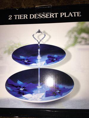8 Plates & 2 Tier Dessert Plate for Sale in Las Vegas, NV