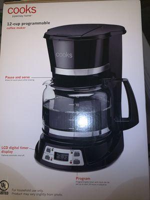 Cooks - 12 cups coffee maker for Sale in Miami, FL