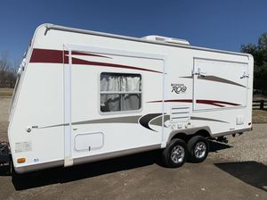 Rockwood Roo 2009 tracks trailer for Sale in Lewis Center, OH
