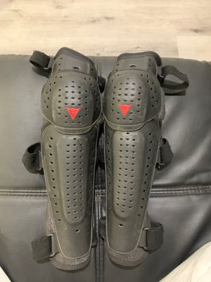 Dainese Medium leg Protection for Sale in Costa Mesa, CA