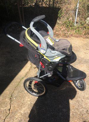 3 wheel stroller with car seat for Sale in Shreveport, LA