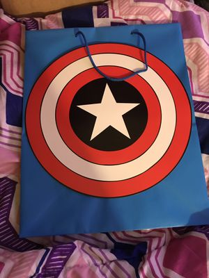 Brand new large captain America gift bag for Sale in Sacramento, CA