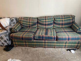 Vintage couch for Sale in Columbus,  OH