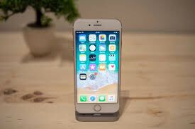 iphone 6 plus *Factory unlocked *like new *30 days warranty on for Sale in Springfield, VA