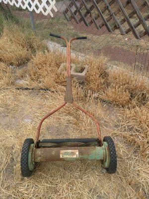 Vintage Manuel Lawn Mower for Sale in North Las Vegas, NV