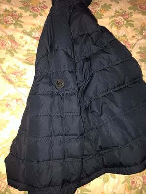 Michael kors puffer jacket navy for Sale in Brooklyn, NY