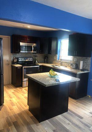 Cabinets and granite for Sale in Miami, FL