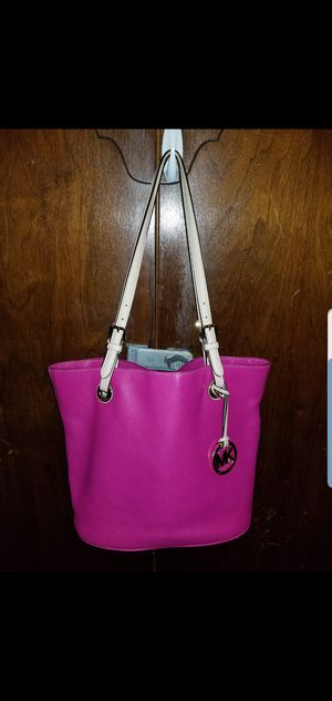 Authentic Michael Kors bag for Sale in Johnson City, NY
