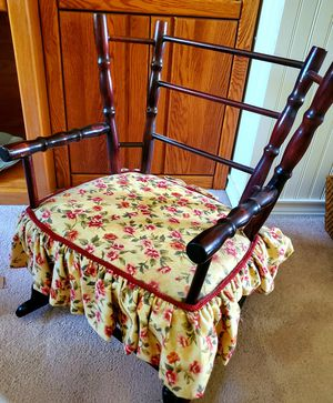 Cherry Wood Childrens Antique Rocking Chair for Sale in San Clemente, CA