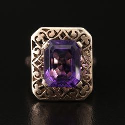 Antique Gold Amethyst Ring for Sale in Chesterfield,  MO