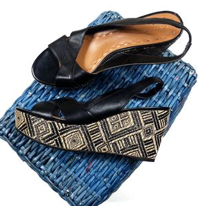Tahari 8M Aztec Print Wedge Sandals for Sale in Lacey, WA