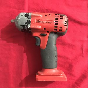SNAP ON 18v IMPACT GUN 3/8 drive CT4418 for Sale in Las Vegas, NV