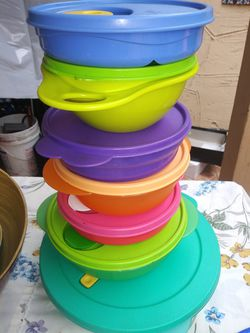 Tupperware Set for Sale in South El Monte,  CA