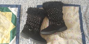 Size 8 Toddler Girl Boots for Sale in Benson, NC