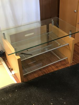 Glass coffee table for Sale in San Leandro, CA