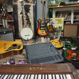 Instruments For Sale/ Trade for Sale in Nashville, TN