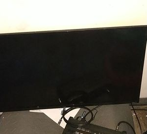 32in Roku TV for Sale in Minot, ND