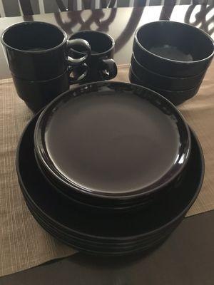 Dinner plate Set for 4 for Sale in Centreville, VA