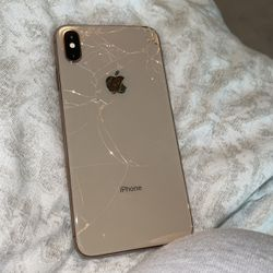 iPhone XMAX for Sale in Beaverton,  OR