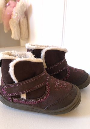 baby girl SURPRIZE by stride rite boots toddler size 5 for Sale in Algonquin, IL