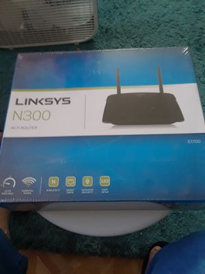 LINKSYS N300 E-1700 NEW for Sale in Tampa, FL