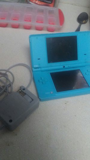 Ds and charger for Sale in Hillsboro, OR