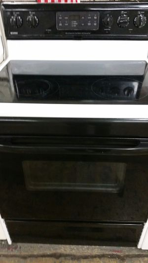 Electric stove like new 5 months warranty for Sale in Alexandria, VA