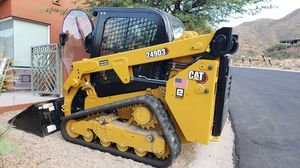 LIKE NEW 2019 CATERPILLAR SKID STEER FULLY LOADED ONLY USED 11 HOURS for Sale in Scottsdale, AZ