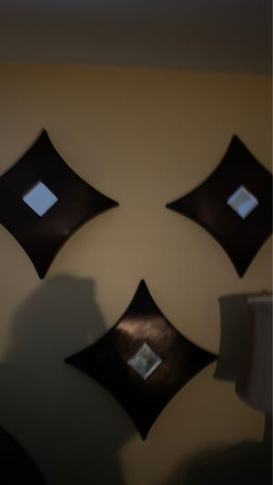 Diamond shape wall decor with tiny mirrors set of 3 for Sale in Dartmouth, MA