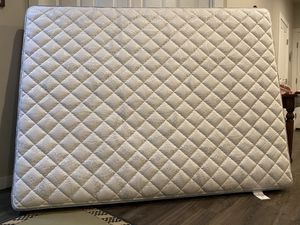 Mattresses Queen, Clean for Sale in Federal Way, WA