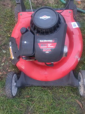 Yard machine 21-inch mulch side discharge lawn mower for Sale in Joint Base Lewis-McChord, WA