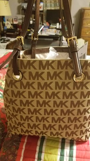 Michael Kors pocketbook new still has tags for Sale in US bff0a525845db