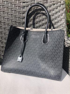 Michael Kors Crossbody Tote Bag, New for Sale in Gilbert, AZ