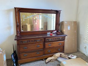 Buffet table for Sale in Rancho Cucamonga, CA