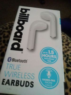 Bluetooth headphones I do trade for tv to for Sale in Fresno, CA
