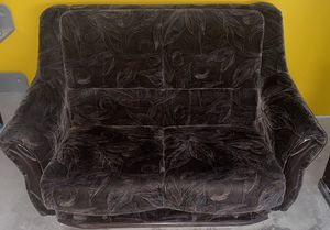 Love Seat - Transformer Extandable (Sleeps Two) for Sale in Los Angeles, CA