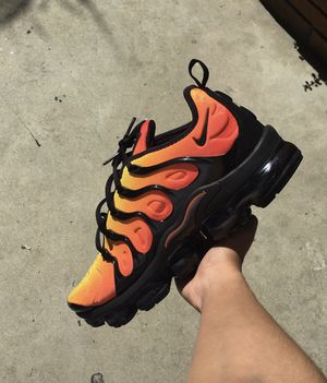 """Nike Vapormax Plus """"Sunset"""" for Sale in Carson, CA"""