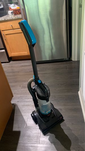 Bissel vacuum cleaner for carpets for Sale in Apopka, FL