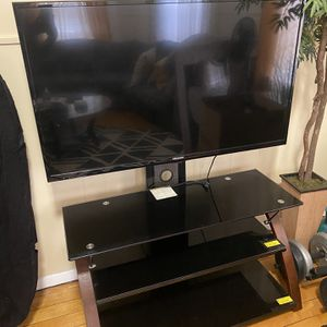 Tv Stand Without Tv for Sale in Brockton, MA