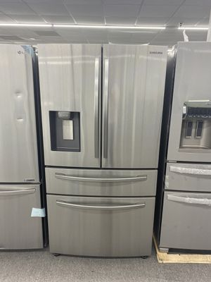 Refrigerator 100 days with no interested for Sale in Snellville, GA