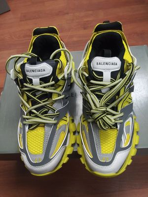 Balenciaga sneakers size 43 for Sale in New York, NY